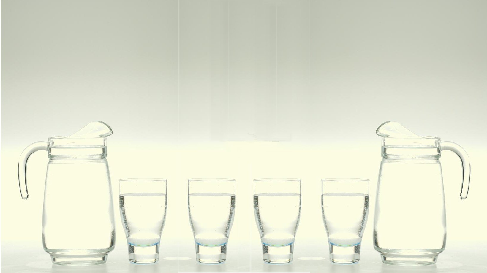Web Page Header:  Water Pitchers and Water Glasses.